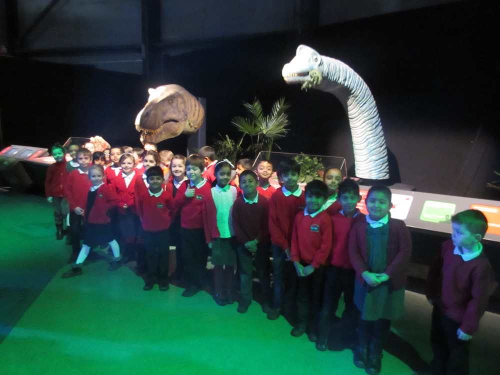 Year 2 learning about dinosaurs