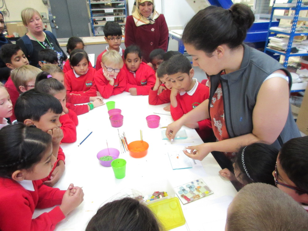 Year 2 children at the National Glass Centre