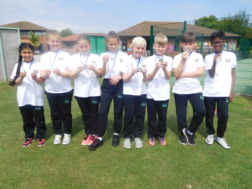 The Year 5 Tennis Team for 2018